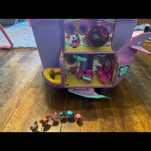 Littlest Pet Shop Airplane